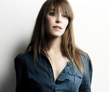 Feist featuring Mountain Man – The Circle Married The Line (Live on KCRW)