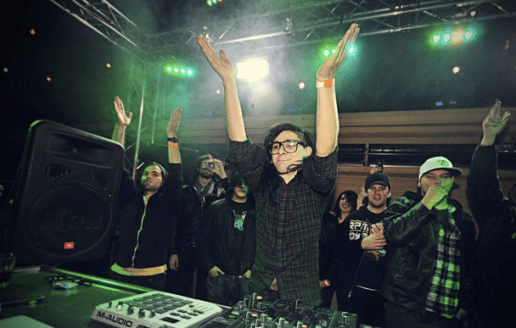 Skrillex featuring The Doors – Breakin' a Sweat