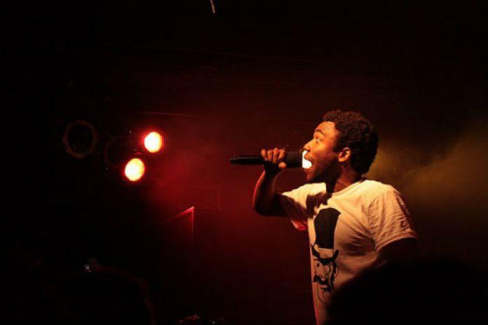 Childish Gambino vs. Aloe Blacc – Let Me Get a Dollar (DJ 21azy mashup)