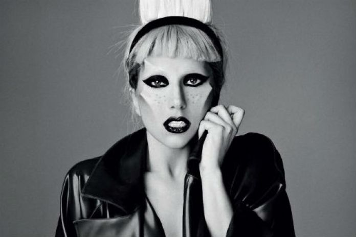 Lady Gaga in talks to become new singer of Queen