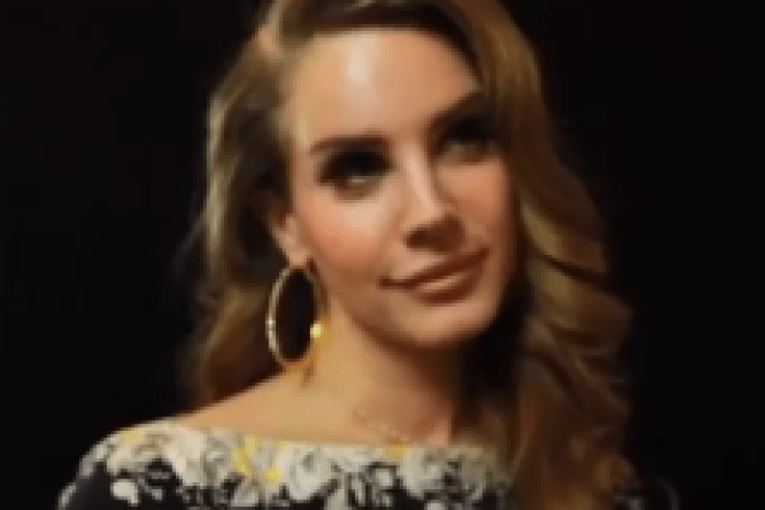 Lana Del Rey - 2011 Q Awards Interview