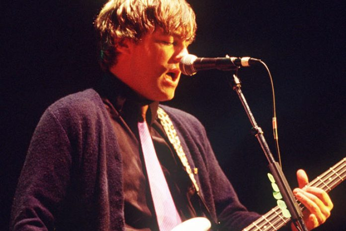 Ex-Weezer bassist Mikey Welsh dies at age 40