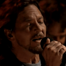 Pearl Jam cover Pink Floyd on Fallon