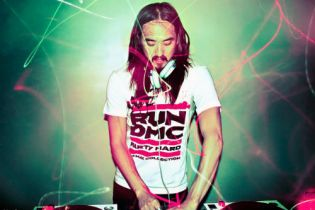 Steve Aoki featuring Rivers Cuomo – Earthquakey People (The Sequel) (Original Mix)