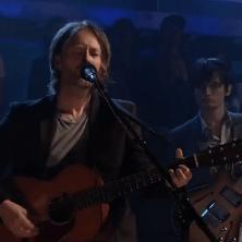 Radiohead's Thom Yorke & Jonny Greenwood - Give Up the Ghost (Live on Fallon)