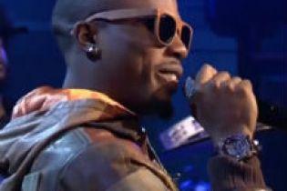 "B.o.B performs ""Strange Clouds"" on Jimmy Fallon"