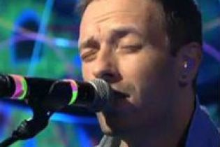 Coldplay performs on SNL