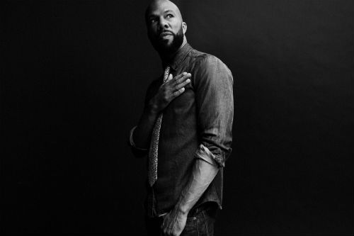 Derrick Hodge featuring Common - We Live Today