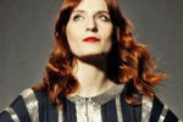 Florence + the Machine - Shake It Out & No Light, No Light (Live on SNL)