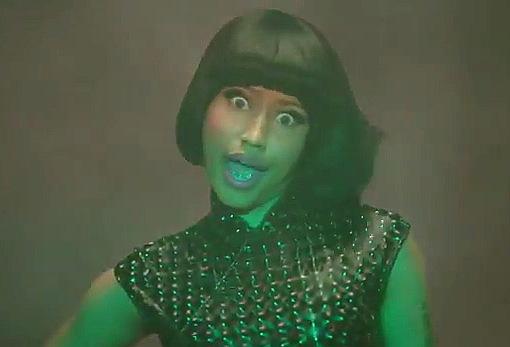 Nicki Minaj - Till The World Ends (Remix)