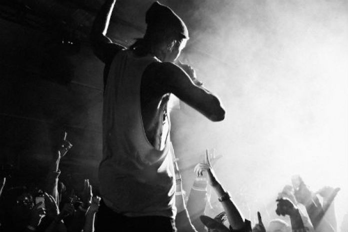 Yelawolf featuring T.I. & Slaughterhouse – Hard White (Remix)