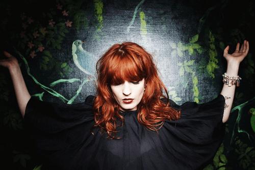 Florence + the Machine - No Light, No Light (Dave Sitek Remix)