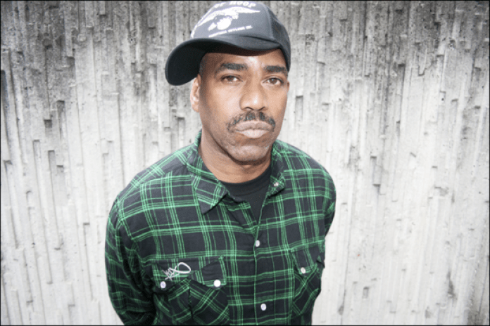 "Kurtis Blow performs ""Christmas Rappin"" on Fox"