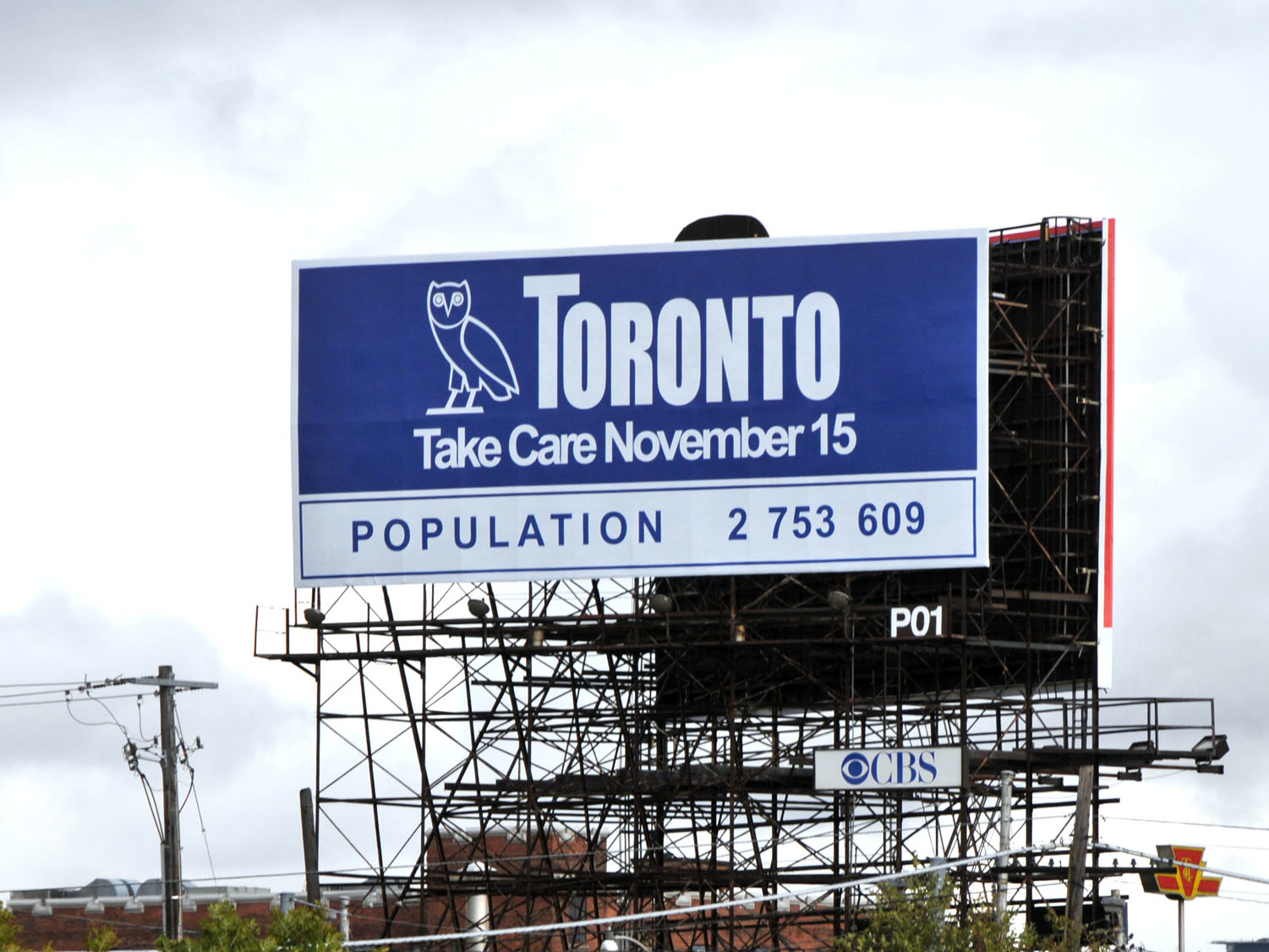 City of Toronto scolds Drake for using logo