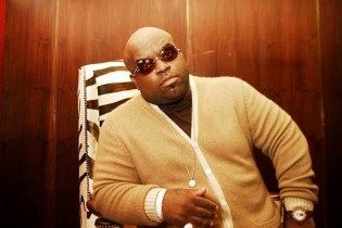 "Cee Lo Green angers fans by changing lyrics to John Lennon's ""Imagine"""