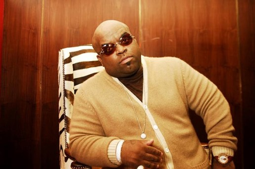 """Cee Lo Green angers fans by changing lyrics to John Lennon's """"Imagine"""""""