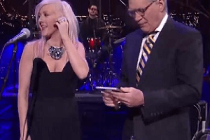 Ellie Goulding - Lights (Live on Letterman)