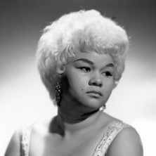 Adele pays tribute to Etta James