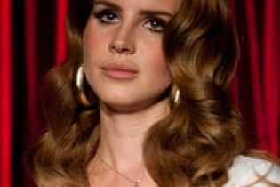 Lana Del Rey – Video Games/Born To Die (BBC 6 Music Session)