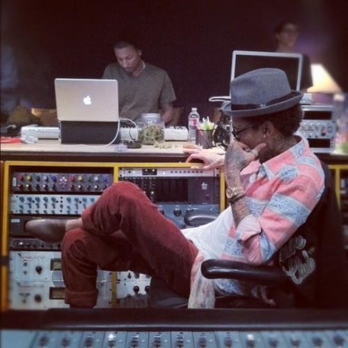 Pharrell in the studio with Kendrick Lamar, Busta Rhymes, Mac Miller & Wiz Khalifa