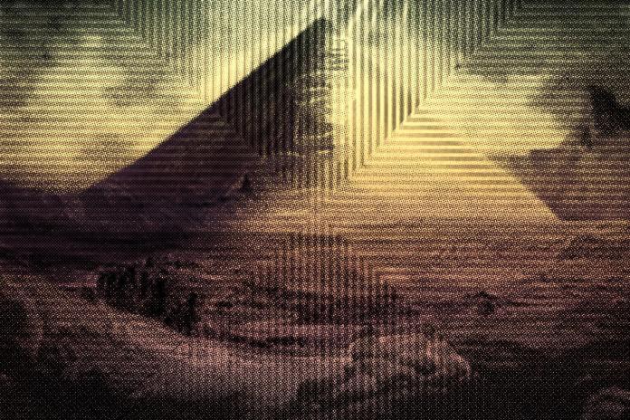 Thavius Beck - The Heavens Bleed Sunshine