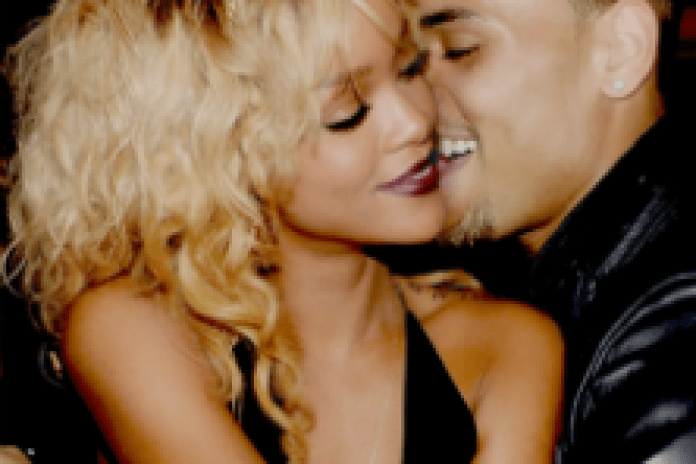 Chris Brown featuring Rihanna - Turn Up The Music (Remix)