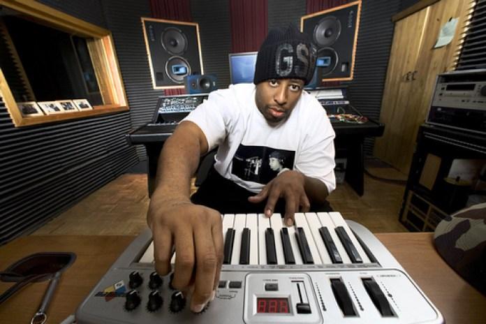 "DJ Premier's ""Black Fist Friday"" guest mix on HOT 97"
