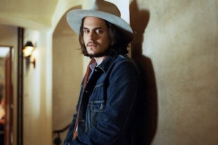 John Mayer reveals release date & tracklist for 'Born and Raised'