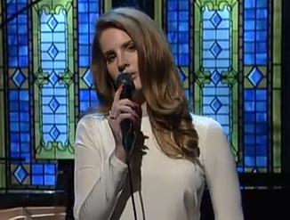 "Lana Del Rey performs ""Video Games"" on Letterman"