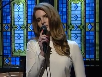 """Lana Del Rey performs """"Video Games"""" on Letterman"""
