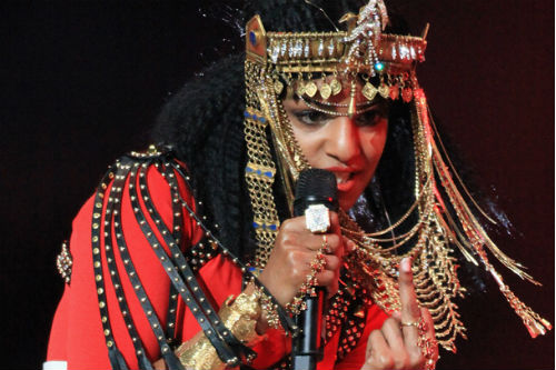 M.I.A. to pay fine for Super Bowl finger?