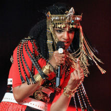 NBC & NFL apologize for M.I.A. flipping middle finger at Super Bowl