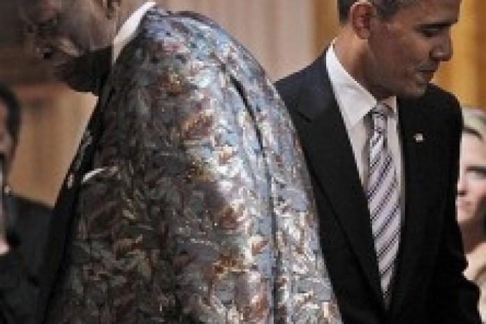"""President Obama sings """"Sweet Home Chicago"""" alongside B.B. King & Mick Jagger"""