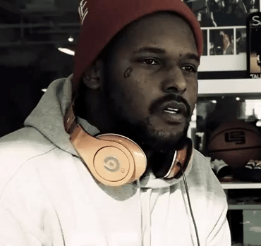 ScHoolboy Q freestyles for Beats by Dre