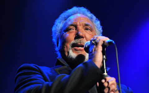 Tom Jones featuring Jack White - Evil (Howlin Wolf Cover)