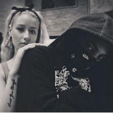 Iggy Azalea featuring T.I. - Murda Bizness