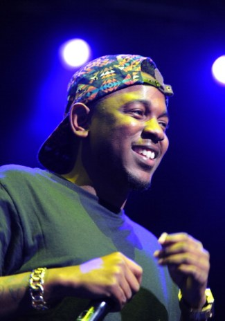 """Kendrick Lamar debuts """"Staircases"""" produced by The Neptunes at SXSW"""