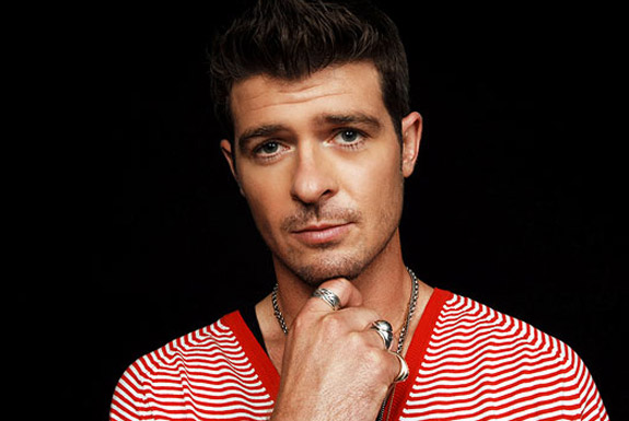 """Robin Thicke performs """"Exhale"""" and """"Pretty Lil Heart"""" live on Ellen"""