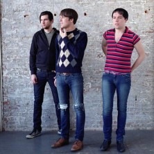The Cribs – Come On, Be A No-One