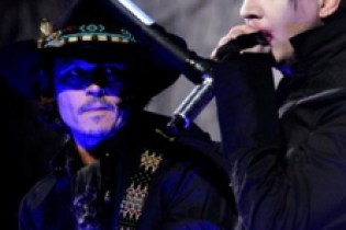 Johnny Depp performs with Marilyn Manson at Golden Gods Awards
