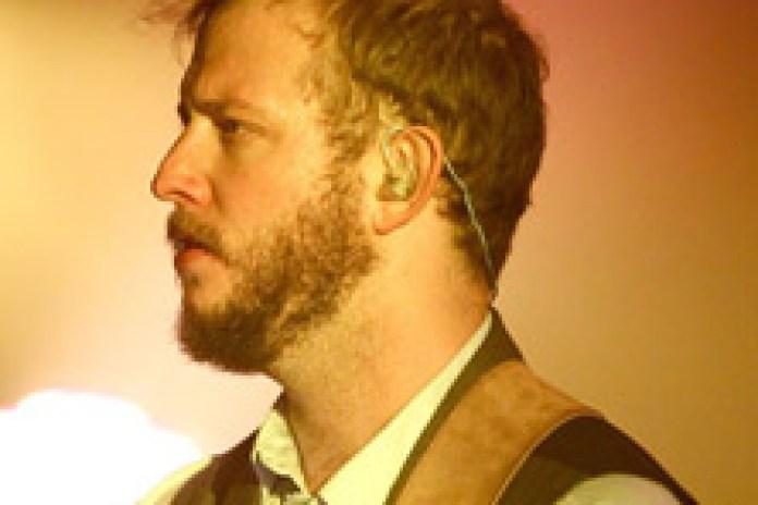 Bon Iver - Beth/Rest (Live at Coachella 2012)