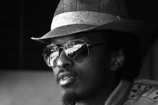 """K'NAAN - """"Waiting Is A Drug"""" + """"With God On Our Side"""" (Bob Dylan Cover)"""