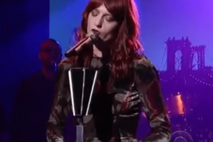 Florence + the Machine - No Light, No Light (Live on Letterman)