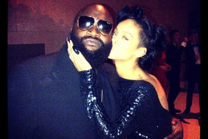Rick Ross featuring Rihanna -  Cake (Remix)