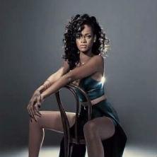 Rihanna - SNL Performance
