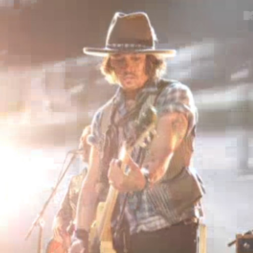 """The Black Keys & Johnny Depp Perform """"Gold On The Ceiling"""" at the 2012 MTV Movie Awards"""