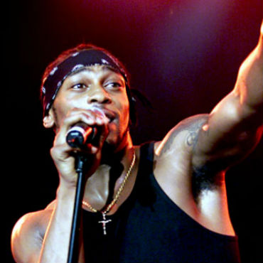D'Angelo Added To 2012 BET Awards Lineup