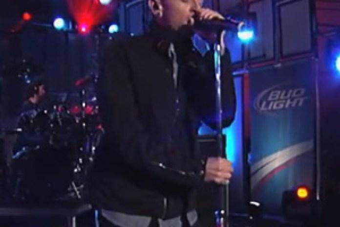 "Linkin Park Performs ""Burn It Down"" on Kimmel"