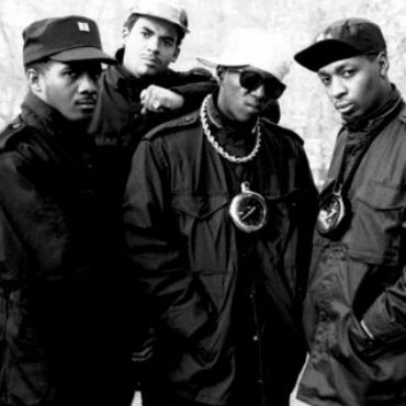 Public Enemy featuring Bumpy Knuckles – Get It In