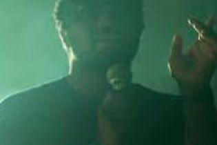 """SBTRKT Performs """"Hold On"""" for 'PUSH Live'"""